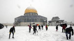 snowball at dome of the rock